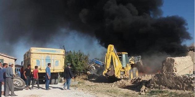 Eskil'de çiftlikte yangın çıktı!