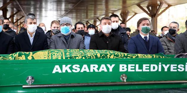 Borsa Başkanı Hamit Özkök'ün babası son yolculuğuna uğurlandı