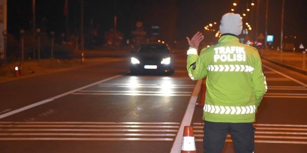 Aksaray'da polisin kısıtlama denetimleri sürüyor