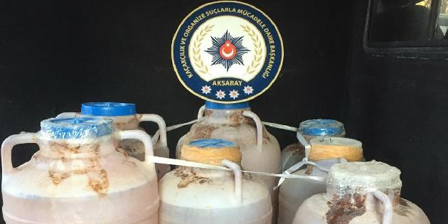 Aksaray'da 390 litre sahte şarap ele geçirildi