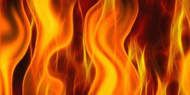 Aksaray'da geri dönüşüm tesisinde yangın!