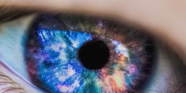 Akıllı lensler ile uzak, orta ve yakını gözlüksüz görebilirsiniz