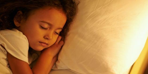 Mutlu çocukluk dönemi geçirenlerin psikolojik sağlamlığı yüksek