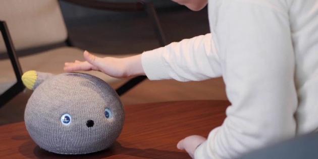 Panasonic'in Canı Sıkılınca Gaz Çıkaran Sevimli Ev Robotu