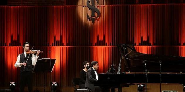 Keman eşliğinde Mozart'tan Chopin'e yolculuk