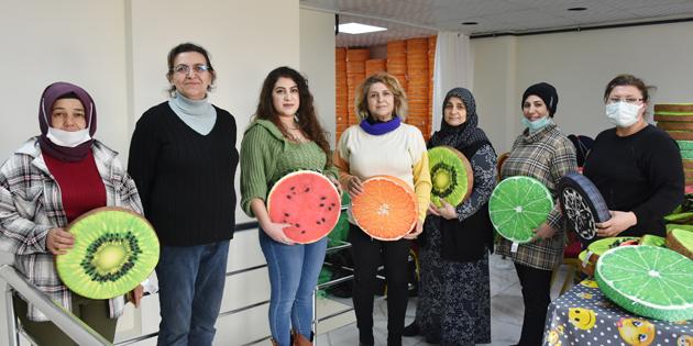 Aksaray'da 7 kadın altınlarını satıp iş kurdu, siparişlere yetişemiyorlar