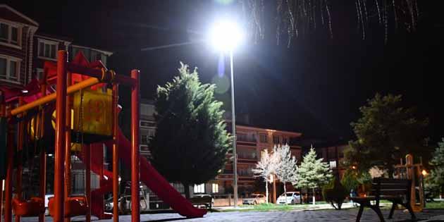 Kent merkezindeki tüm parklar ışıklandırıldı