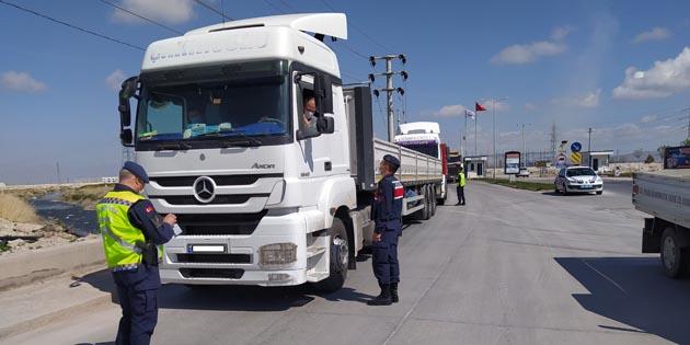 Aksaray'da Jandarma trafik denetimlerini sıklaştırdı
