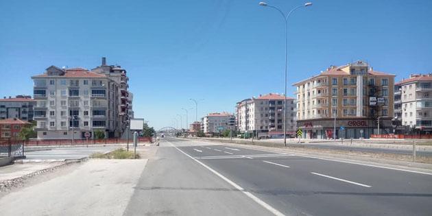 Aksaray'da cadde ve sokaklar sessiz kaldı