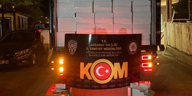 Aksaray'da 2 milyon 700 bin kaçak makaron yakalandı