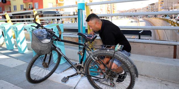 Aksaray'da 10 noktaya bisiklet tamir istasyonu yapıldı