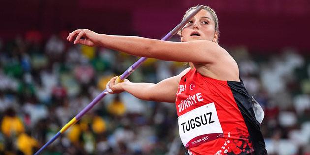 ASÜ öğrencisi Eda Tuğsuz olimpiyat dördüncüsü oldu