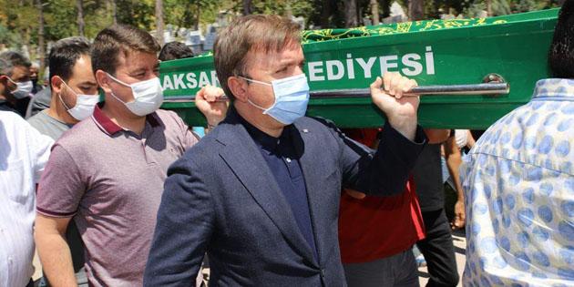 İl Sağlık Müdürü'nün babası Faruk Yeşildağ toprağa verildi