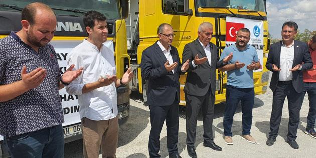 MHP Aksaray'dan yangın bölgelerine iki tır hayvan yardımı