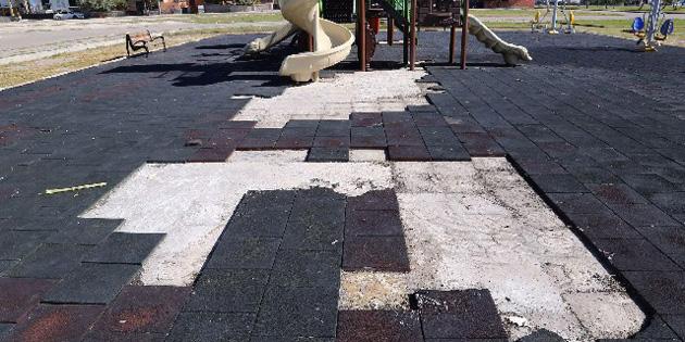 Çocukların oyun parkını yaktılar!