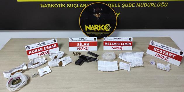 Aksaray'da uyuşturucu ticareti yapan 4 kişi tutuklandı!